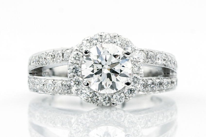 Custom Diamond Engagement Ring Design