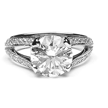 custom-diamond-engagement-ring-1